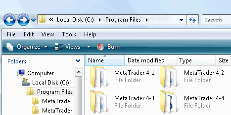 MT4 platforms installed into separate folders
